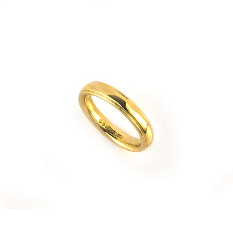 18k Yellow Gold 4mm Wedding Band Size L